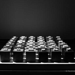 36 cubes: Installation 36 cubes (3 x 3 m)