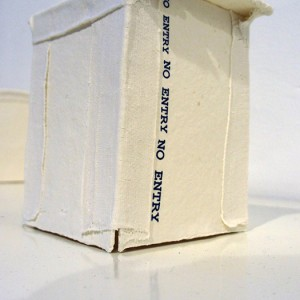 The Innermost Being: Paper porcelain, chromo 12 x 10 cm