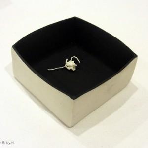 Knot: porcelain (10 x 10 cm)