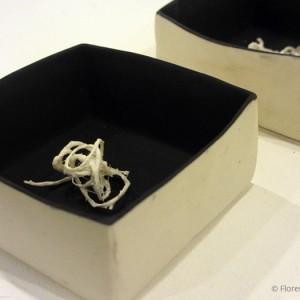 Nœud : porcelaine (10 x 10 cm)