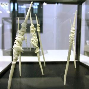 Quenouille : porcelaine 12 cm